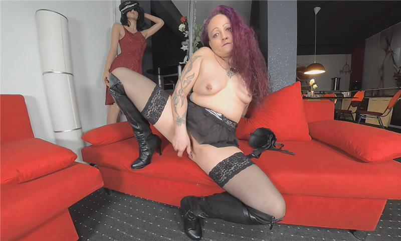Nadine - This Mistress is Waiting to Show Up Her Snatch