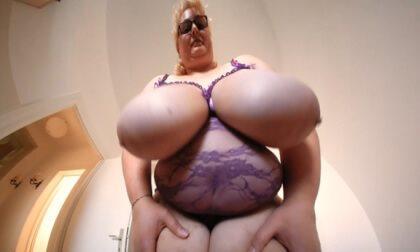 Miranda's Big Boobs from Below