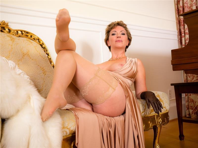 Mistresst Official Mistress
