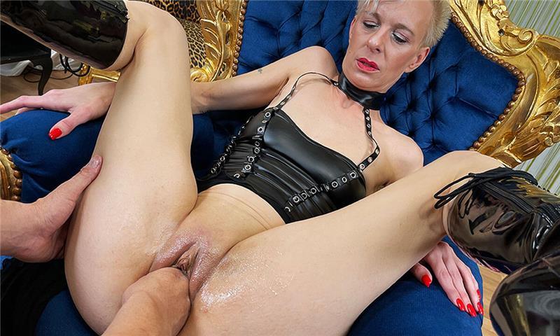 Fetish Gilf Gest Fist Fucked - Mature Blonde Hardcore