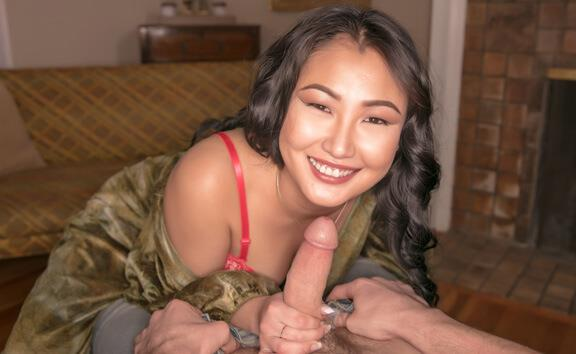 Do You Like My Costume? What About My Lingerie? - Asian Girl Hardcore
