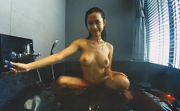 Big Tits Teen Have Fun In Jacuzzi - Solo Wet T-Shirt