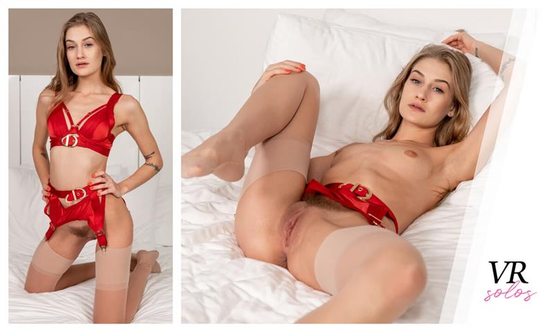 Petite Tiffany Toys Her Pussy In Lingerie