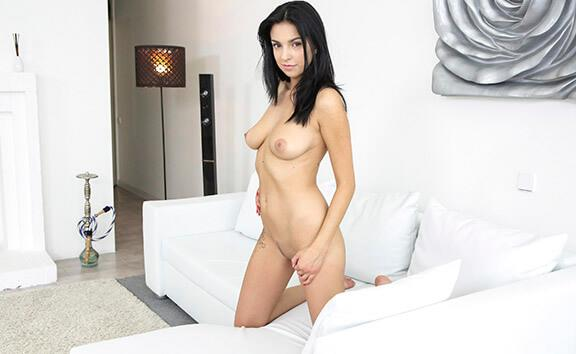 Busty Teen Masturbating VR - Shaved Solo Model Fingering