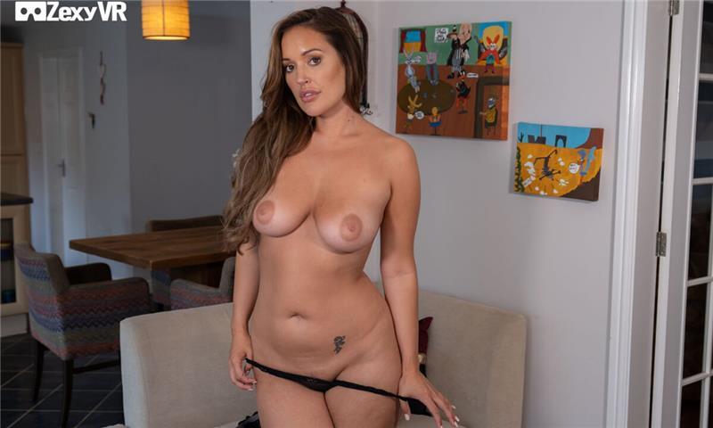 Sexy and Sporty Isobella X